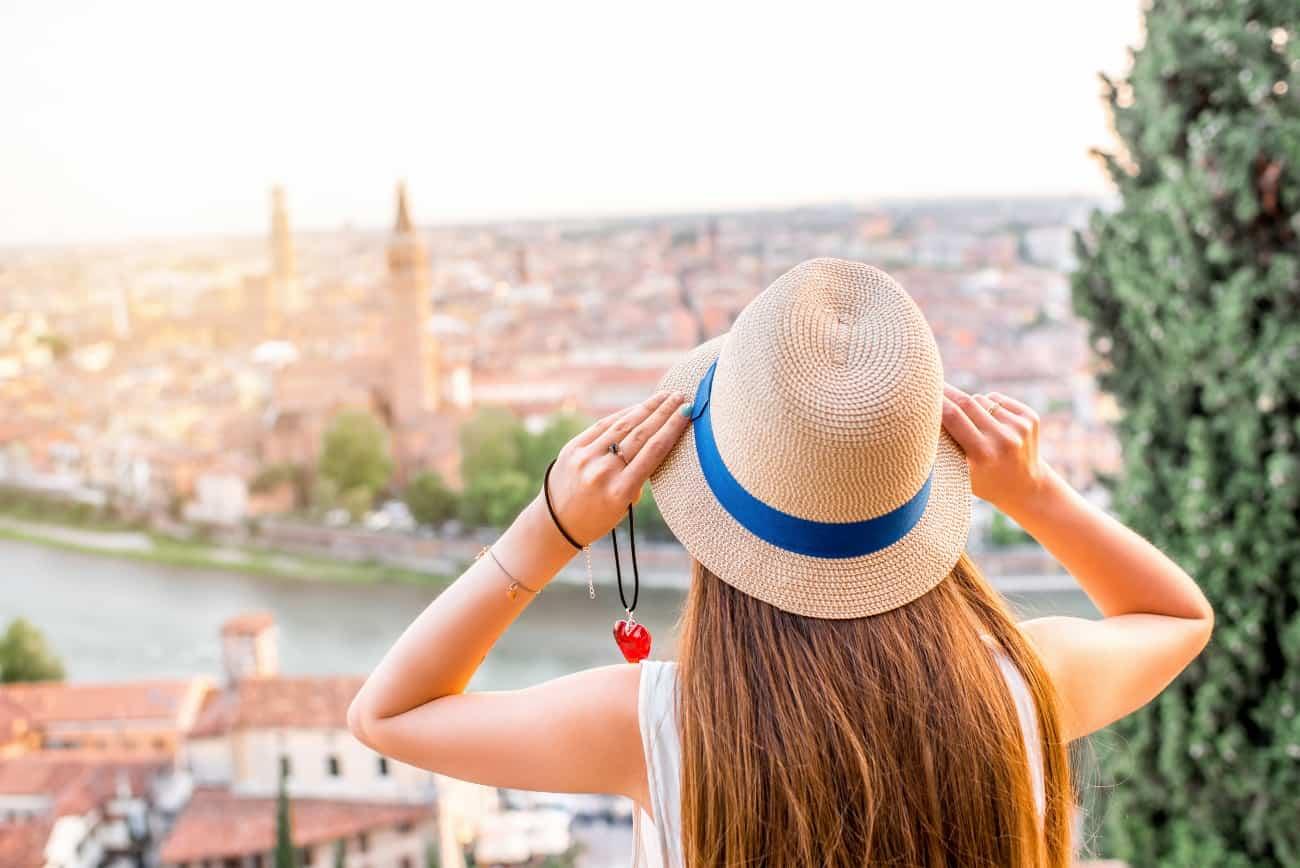 5 destinos para quem vai viajar sozinho